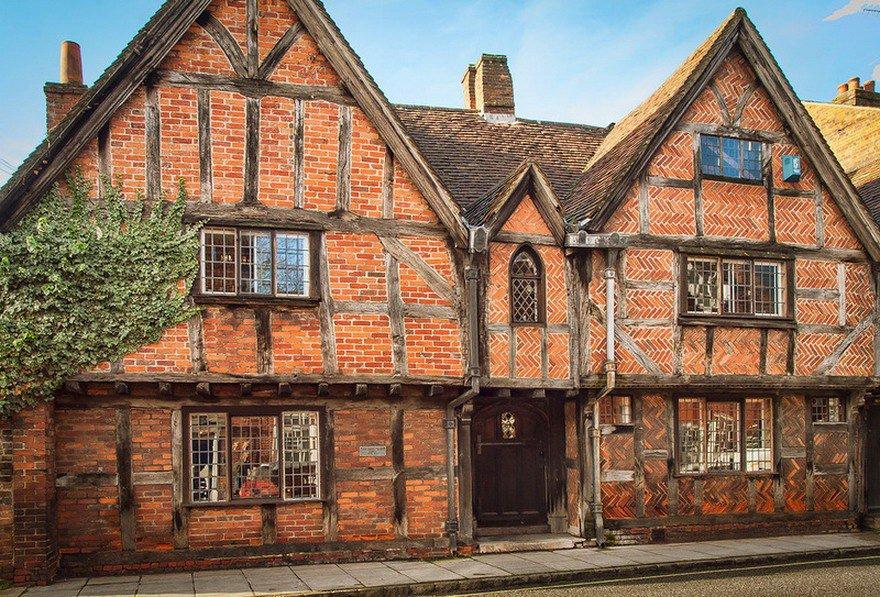 Самые старые дома Англии